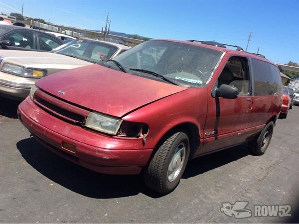 Row52 | 1995 Nissan Quest at PICK-n-PULL Oakland ...