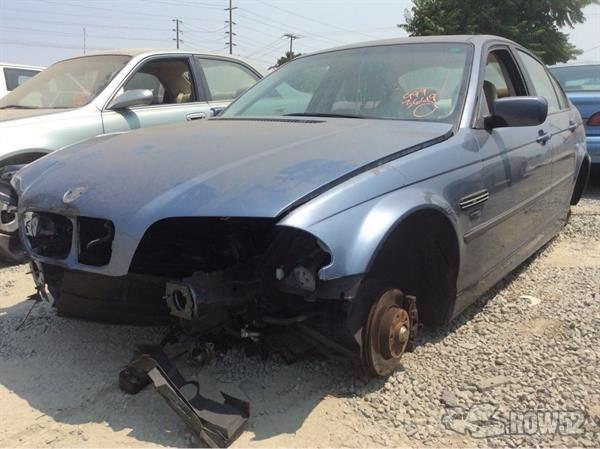 Row52 | 2000 BMW 3-Series at PICK-n-PULL Modesto ...