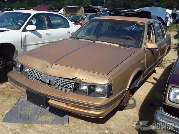 Row52   1985 Oldsmobile Cutlass Ciera at PICK-n-PULL ...