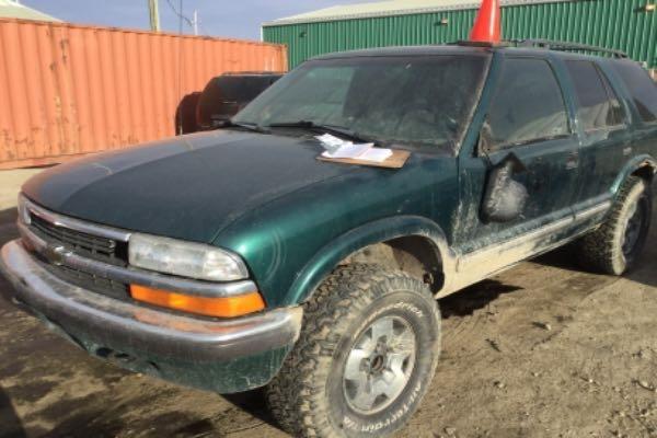 Row52 1998 Chevrolet Blazer At Pick N Pull Calgary Barlow Trail