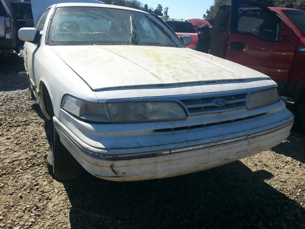 row52 1997 ford crown victoria at barry s u pull it mobile 2falp71w4vx127045 row52 1997 ford crown victoria at