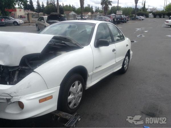 Row52 2000 Pontiac Sunfire At Pick N Pull Sacramento 1g2jb5248y7135293