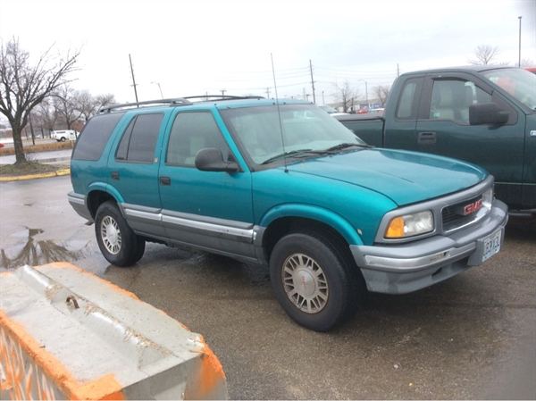 Row52 1996 Gmc Jimmy At Pick N Pull St Louis 1gkdt13w2t2538825
