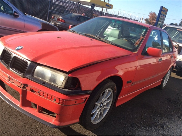 Row52 1996 Bmw 3 Series At Pick N Pull Vancouver Wbacd4321tav43049