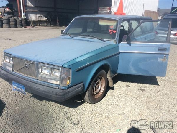 Row52 | 1985 Volvo 240 Wagon at PICK-n-PULL Fairfield