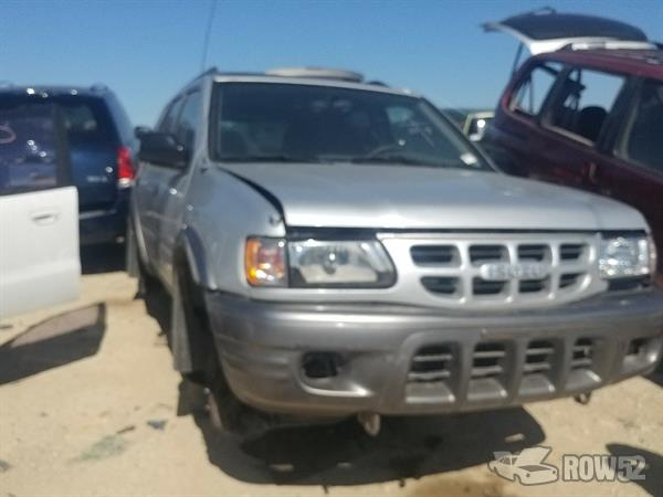 Row52 | 2002 Isuzu Rodeo at Hwy 195 Used Auto Parts (Self
