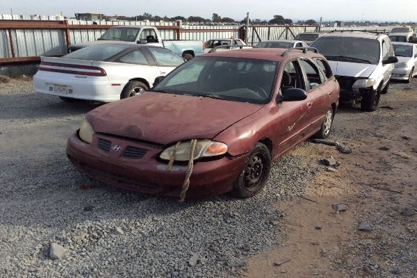 row52 1999 hyundai elantra wagon at pick n pull antelope kmhjw25f2xu147477 row52 1999 hyundai elantra wagon at