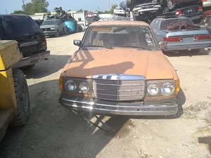 1977 Mercedes-Benz 300